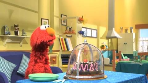 Elmo quiere pastel