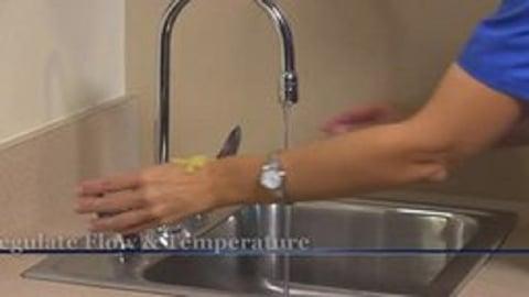 Mosby's Nursing Skills, Basic: Basic Infection Control