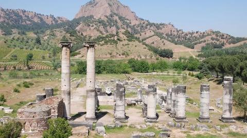 Royal Cities Of Asia: Pergamon And Sardis