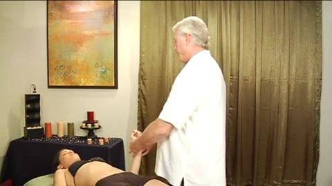 Thai Acupressure Massage: Feet, Hands And Face For The Table