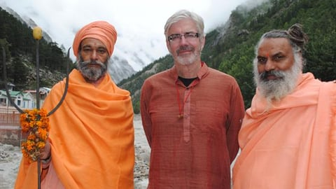Preview image of Shaun Micallef's Stairway To Heaven: Gods, Gurus and The Ganges