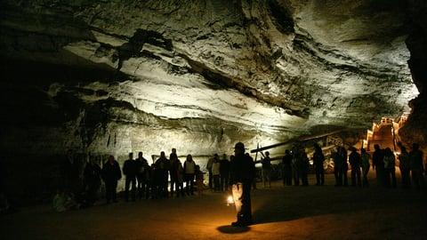Mammoth Cave—Worlds Underground