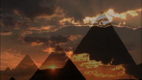 World Heritage: Pyramid & Moenjodaro