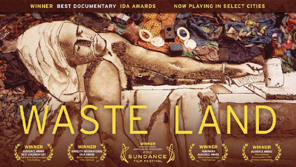 Waste Land - What Happens in the World's Largest Trash City Will Transform You