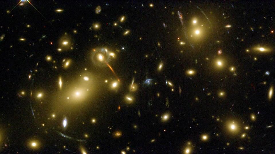 Abell 2218: A Massive Gravitational Lens