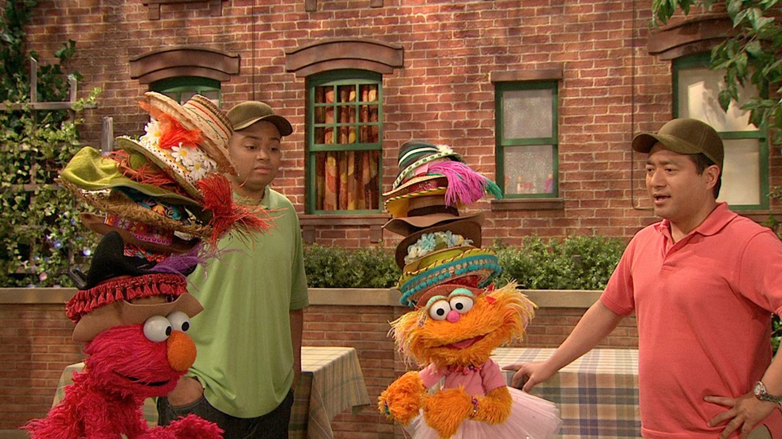 Elmo and Zoe's Hat Contest