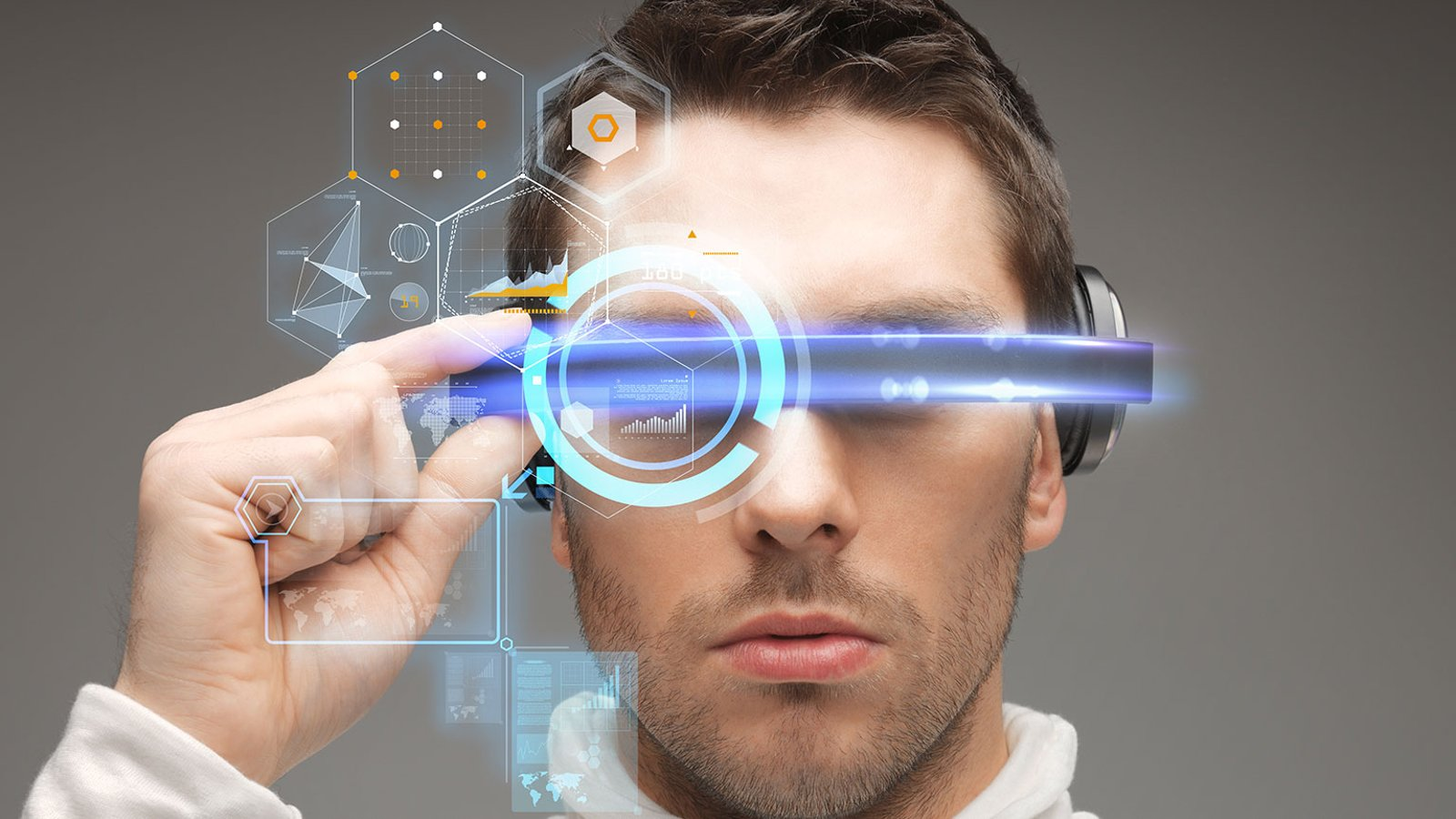 The Internet and Virtual Reality