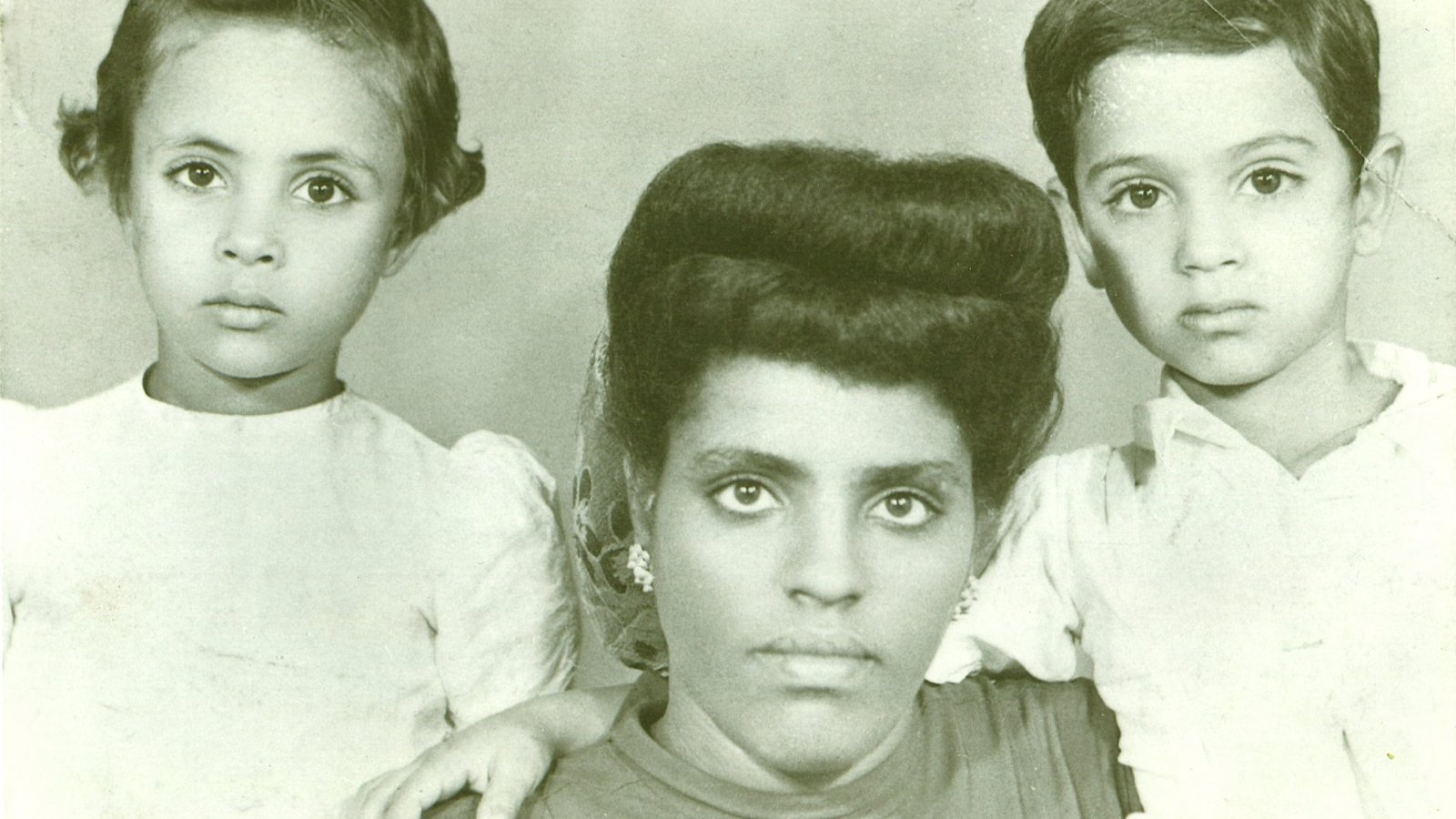 In My Mother's House - Tracing a Family's History, from Italy to Eritrea