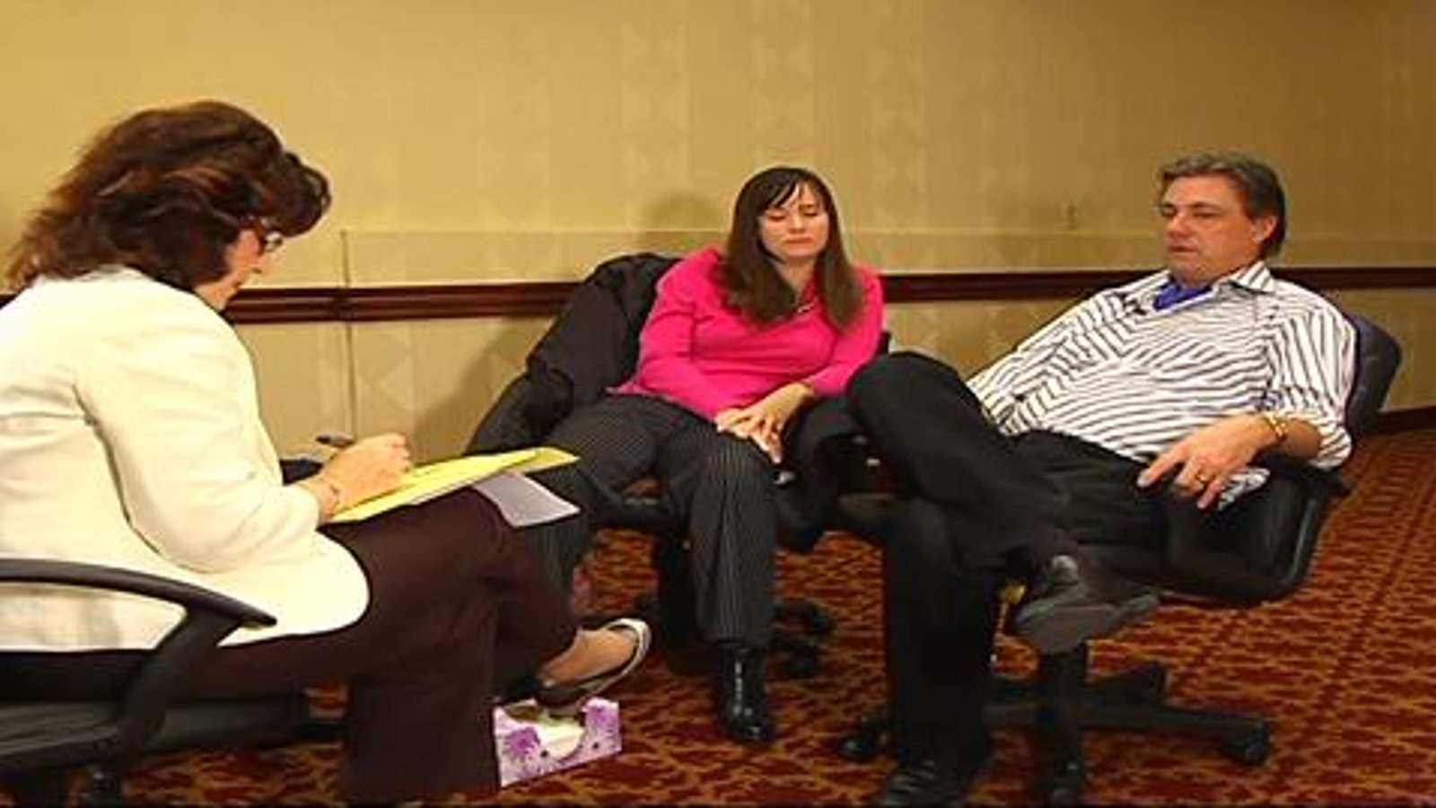 Two Live EFT Sessions in Emotionally Focused Couple Therapy: Re-engaging Withdrawers
