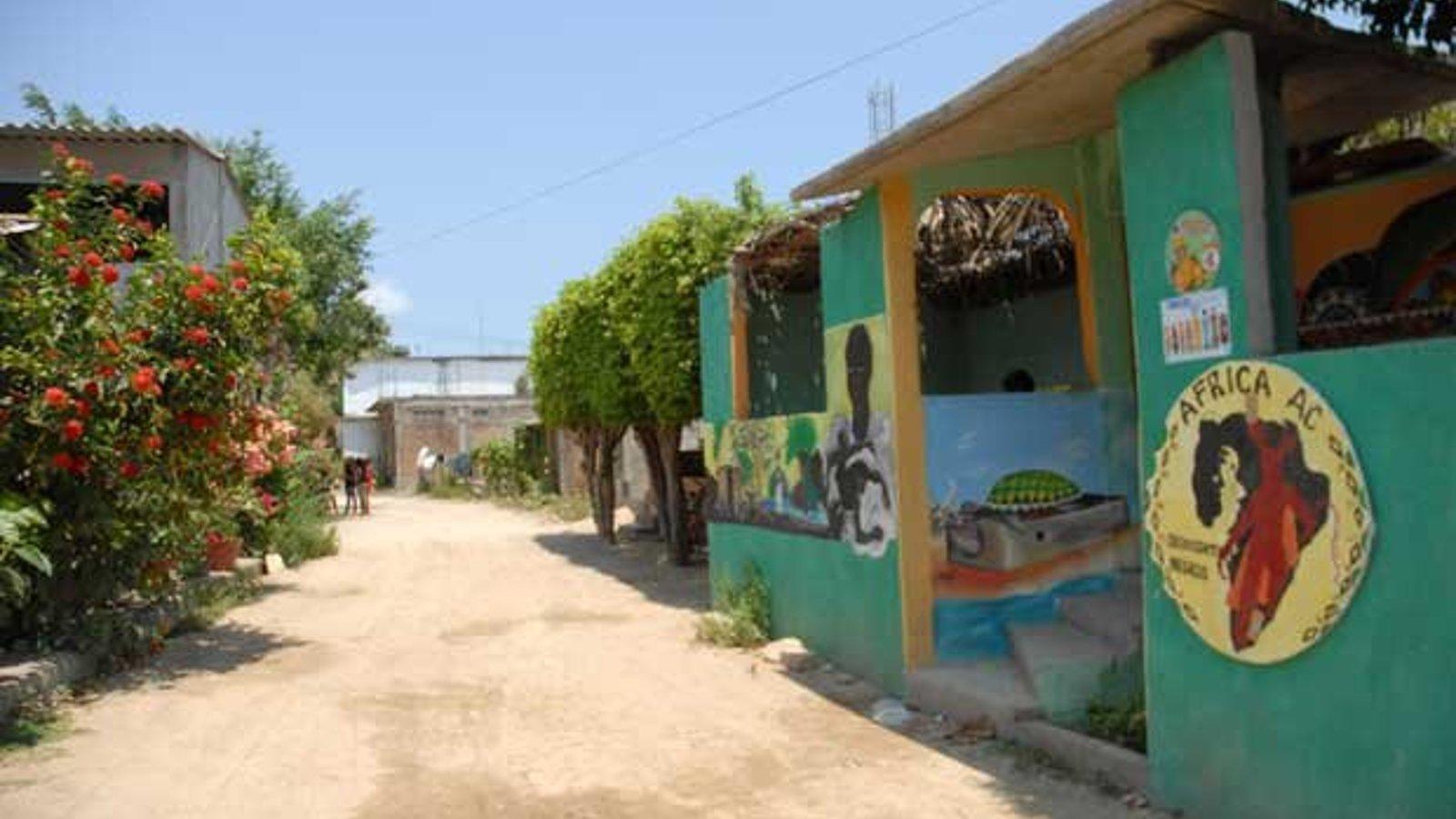 Mexico & Peru - The Black Grandma in the Closet