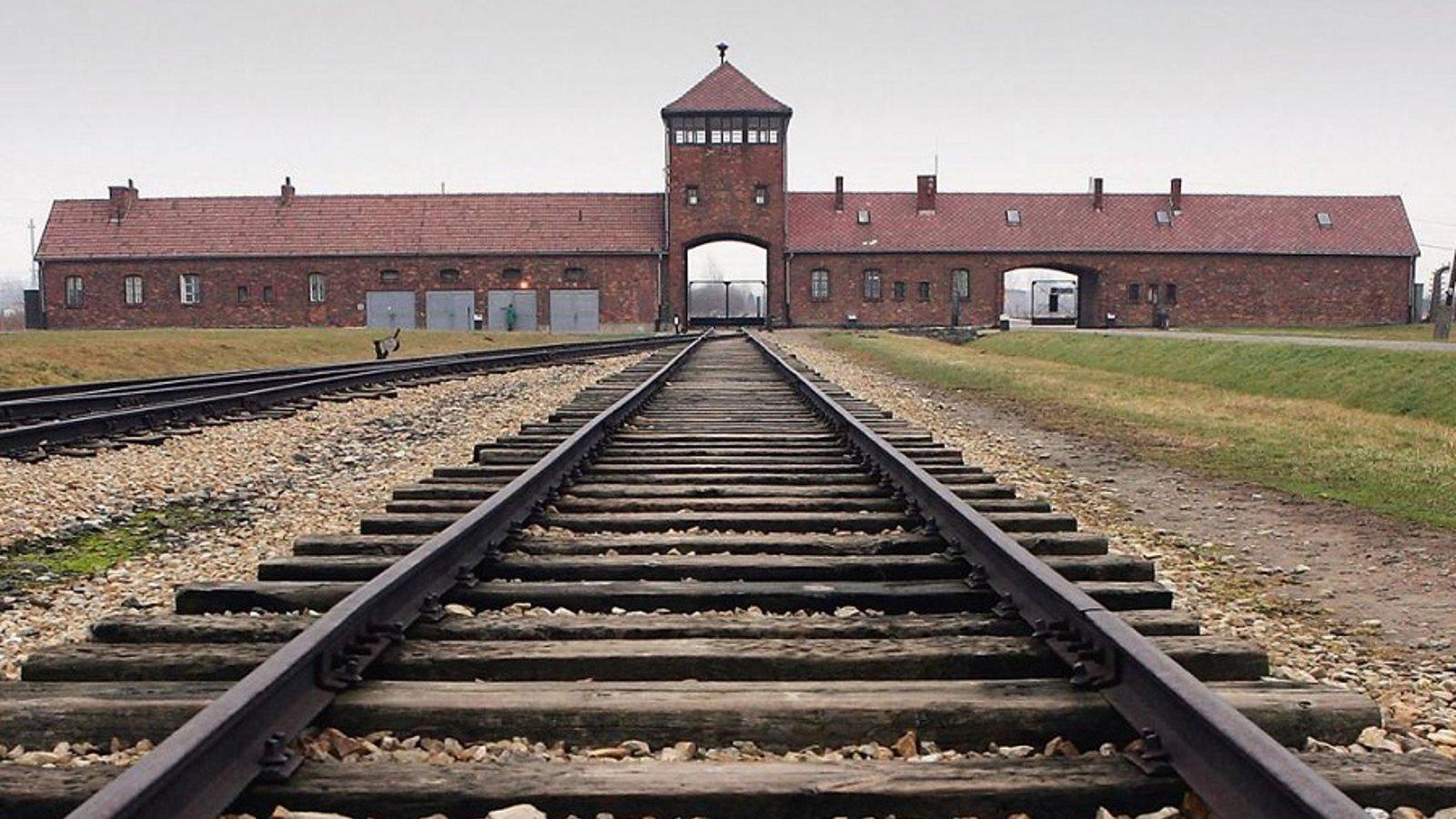 Verdict on Auschwitz - The Frankfurt Auschwitz Trial