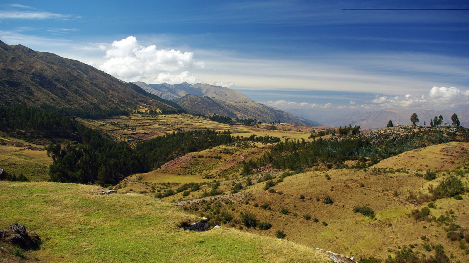 The Inca Origins—Mythology v. Archaeology