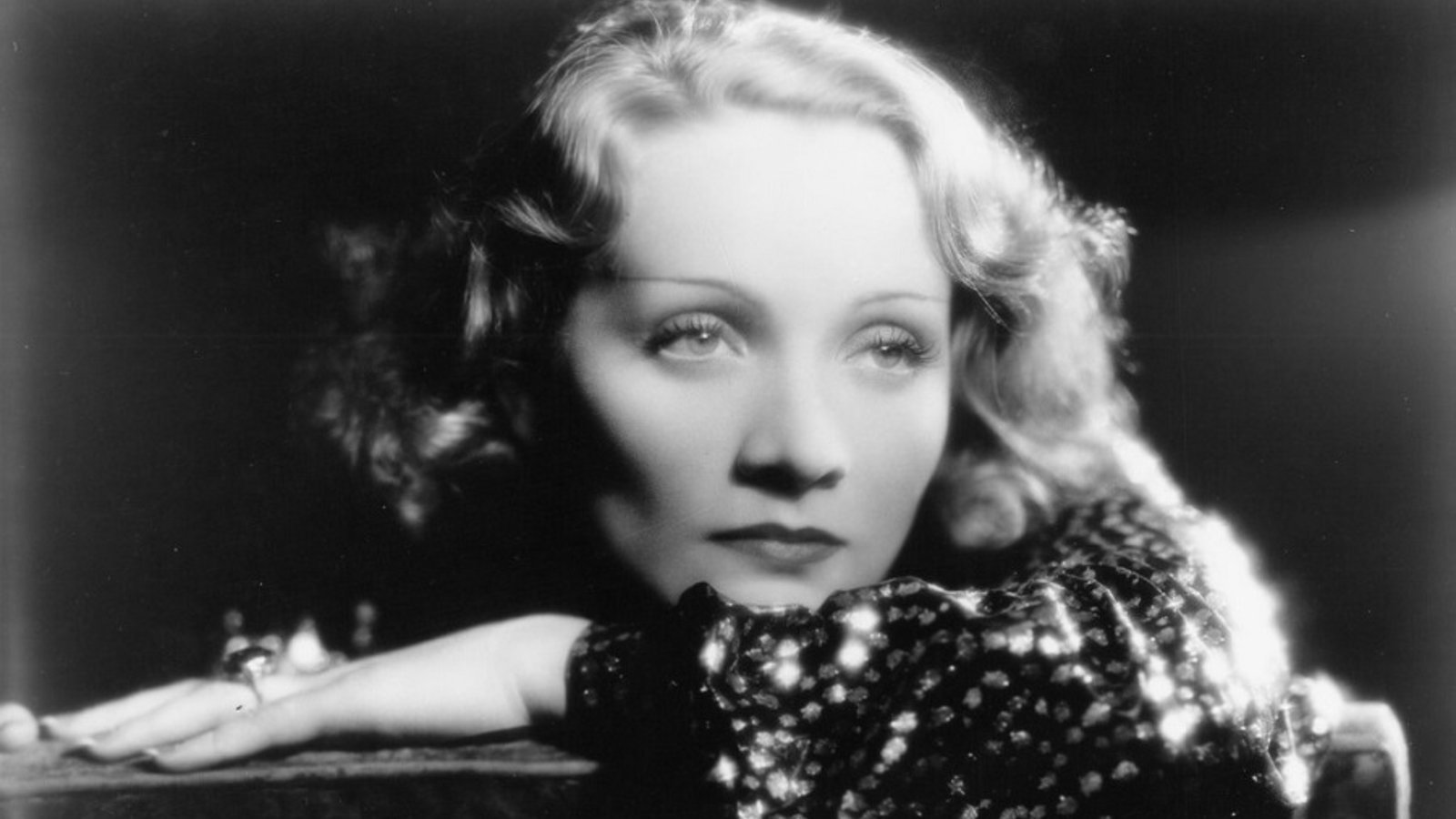 Marlene - The Life of Legendary Actress Marlene Dietrich